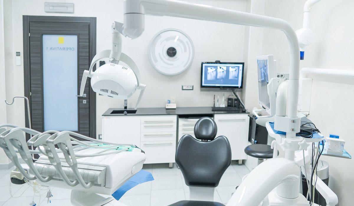ortodonzia-preprotesica-distefano-dentista-a-Catania-1200x700.jpg